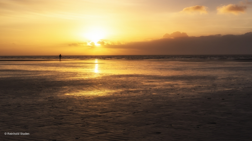 Sunset Beach Walk at St. Peter Ording / Nordfriesland