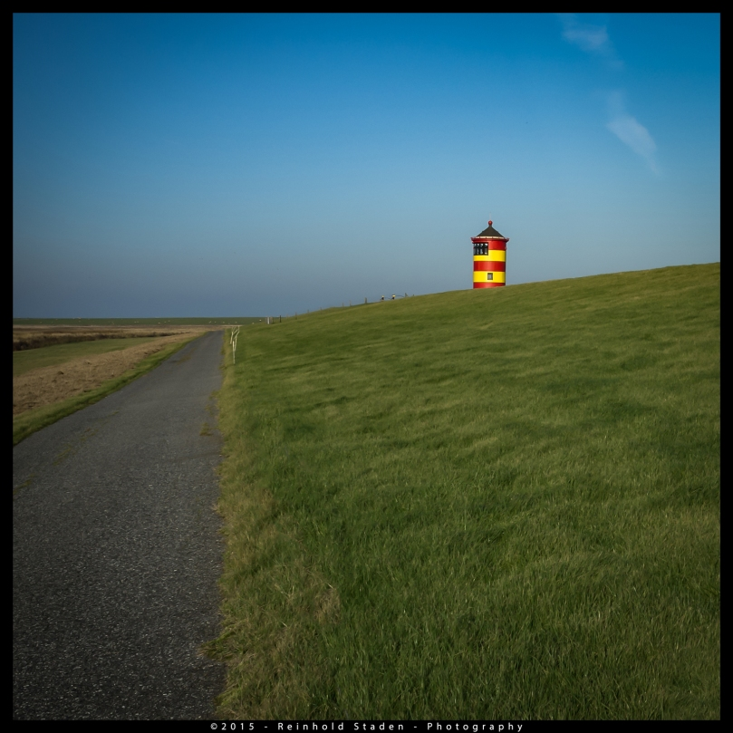 Lighthouse in Pilsum - North sea by Reinhold Staden
