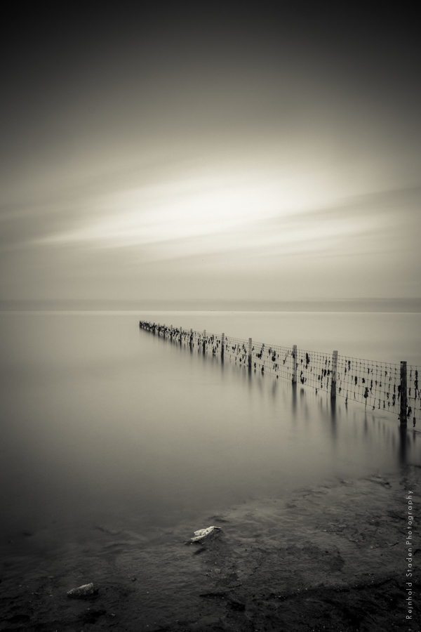 RSP - Reinhold Staden Photography - Fence into the sea